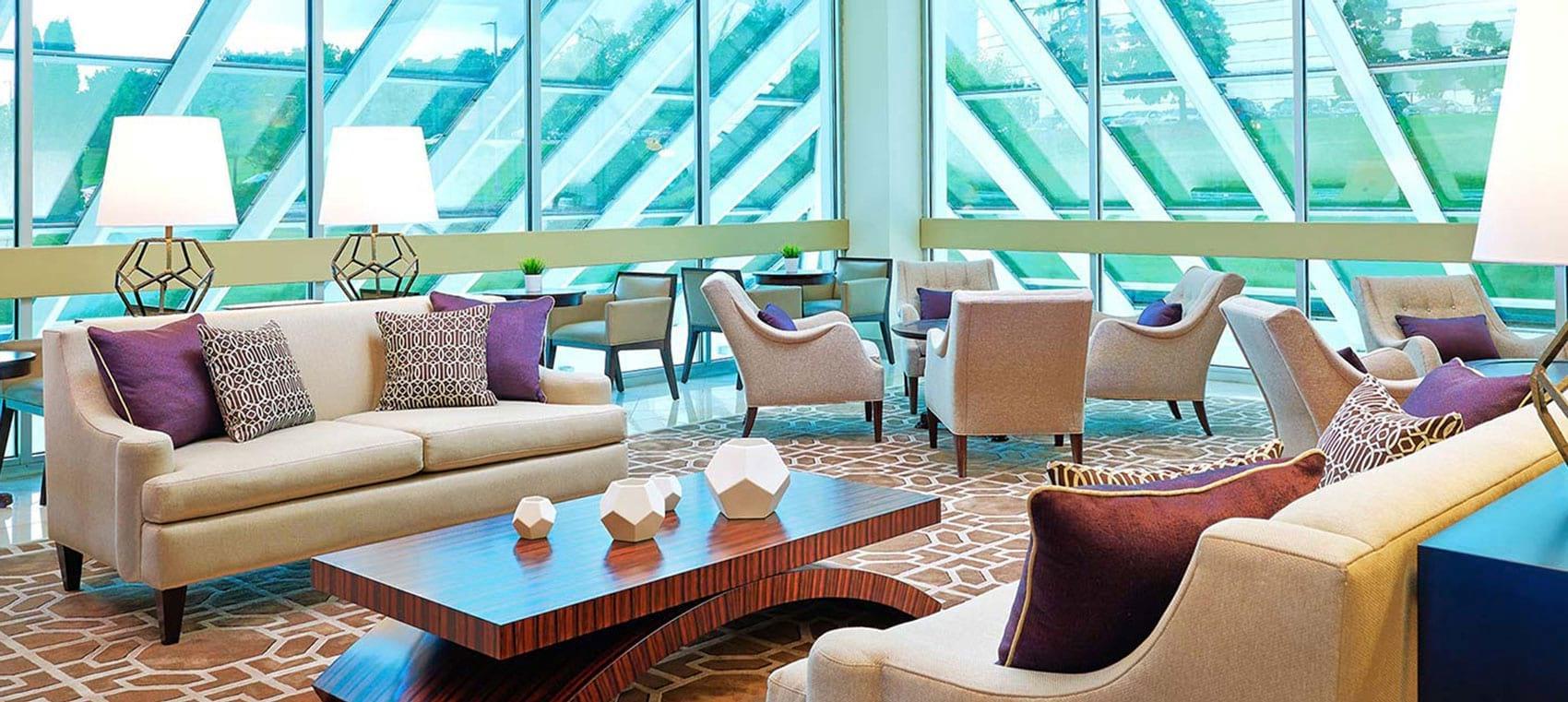 Sheraton Detroit Novi hotel lobby