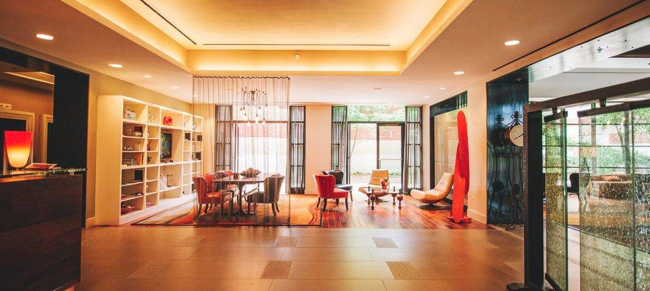 Baronette Renaissance Detroit Novi Hotel