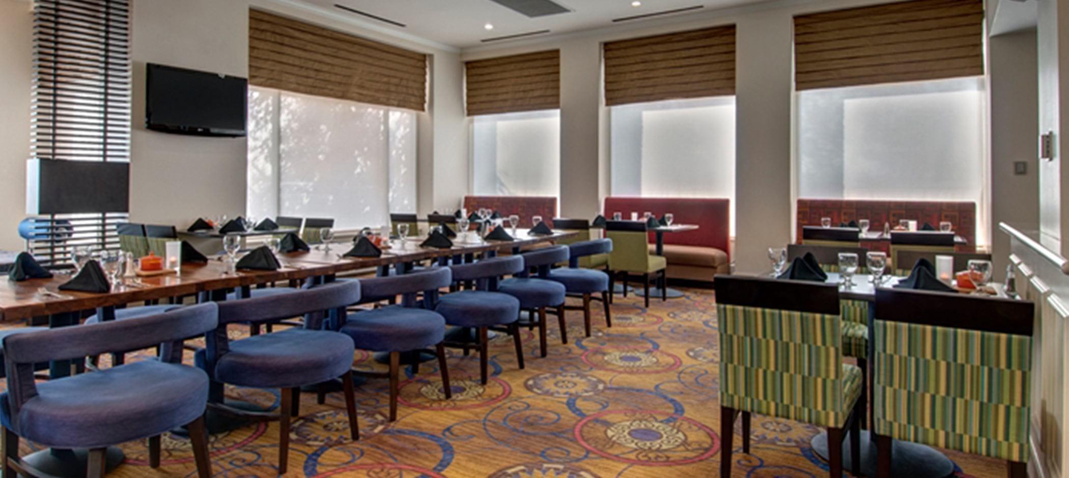 Hilton Garden Inn Detroit Metro Airport restaurant
