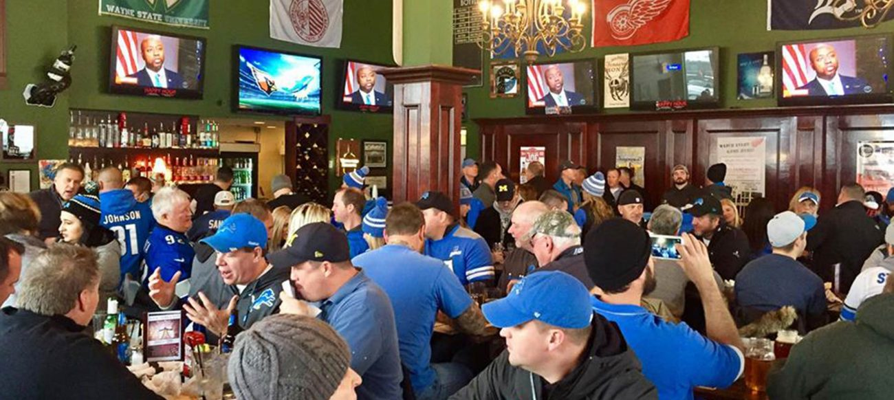 Bookies Bar and Grille Lions game