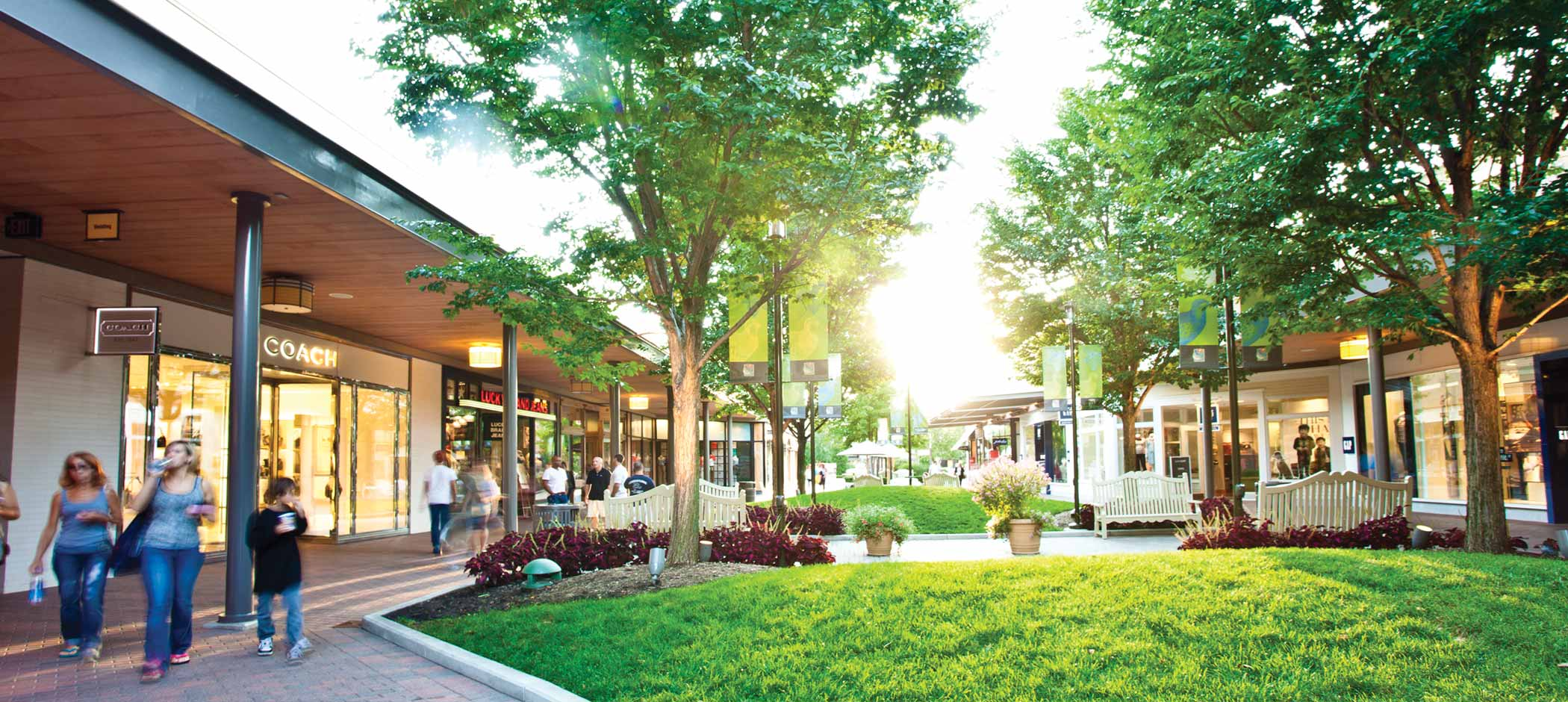 The Mall at Partridge Creek stores and restaurants