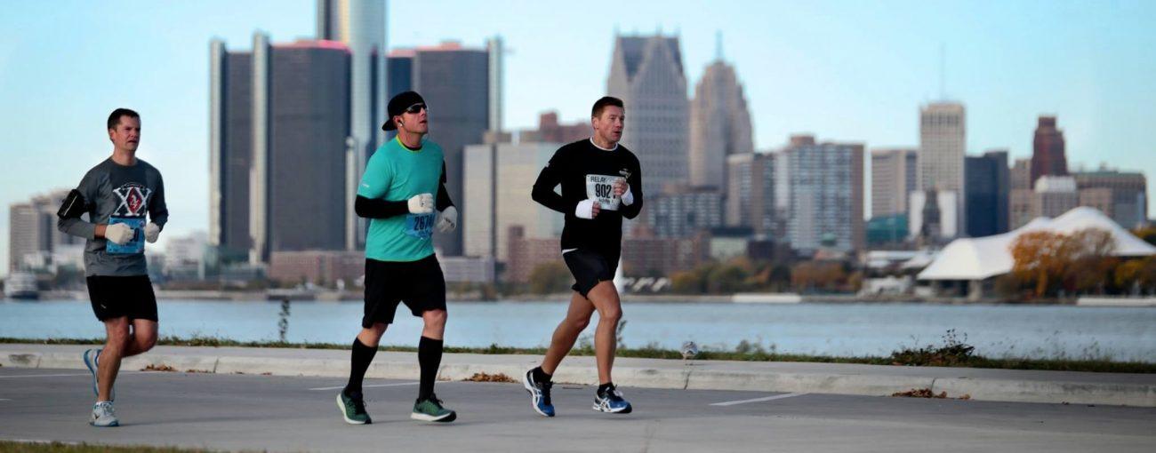 Detroit Free Press Marathon runner on the Detroit river