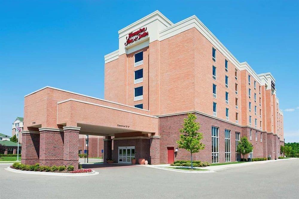 Hampton Inn and Suites Detroit Airport Romulus