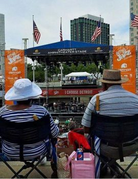 Onlookers at the Detroit Jazz Festival