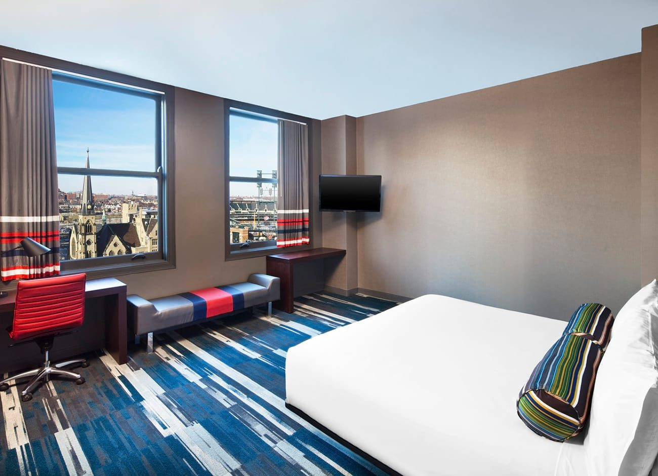 Room at the Aloft Detroit hotel
